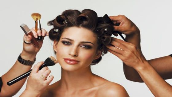 SIGNATURE MAKEUP UNISEX SALON